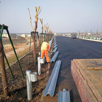 广西南宁公路护栏波形护栏厂家护栏板生产销售安装防撞护栏