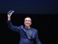 荣耀赵明:手机创新到无人区 市场下滑让竞争回归本质