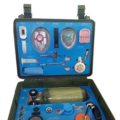 一种多功能心肺复苏机