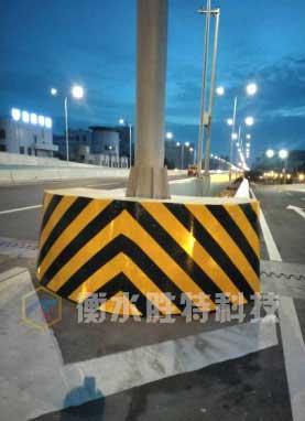复合材料公路防撞墩,橡胶防撞护舷