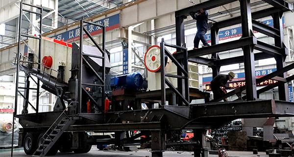 时产350吨精煤用的细碎破碎机型号JYX81